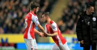 Wilshere urges Arsenal to keep midfielder