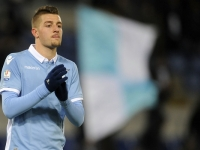 Man Utd handed transfer update on Lazio target