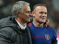 Rooney on whether Man Utd should attack against Chelsea