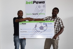 Lucky Punter Wins 200,000 On 12 Matches from 5 Shillings