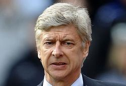 Wenger back to his good old ways