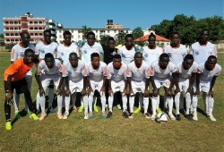 Naftali easy after red card in Sharks defeat