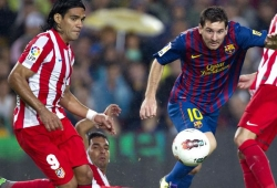 Barcelona rout Atletico to race nine points clear