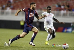 Cheche features in NASL top-table clash