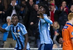 Mixed reaction from fans after Olunga move to China
