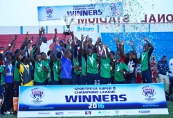 SPS8 CL: TUK ecstatic after lifting cup