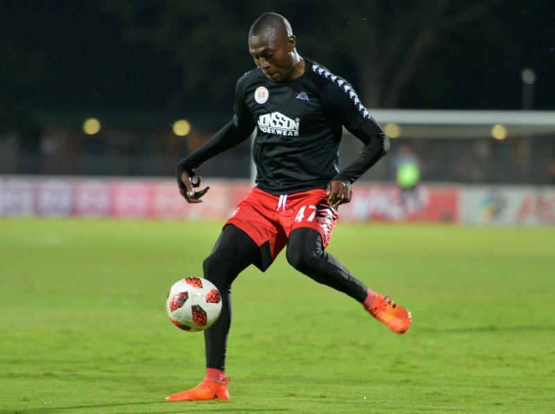 🇿🇼🗣 Tendai Ndoro says he can live with no pay