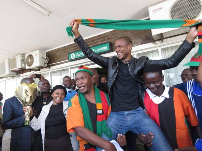 Sikazwe treated to a Hero's welcome