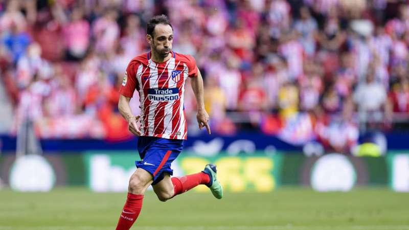 Atletico defender signs contract extension