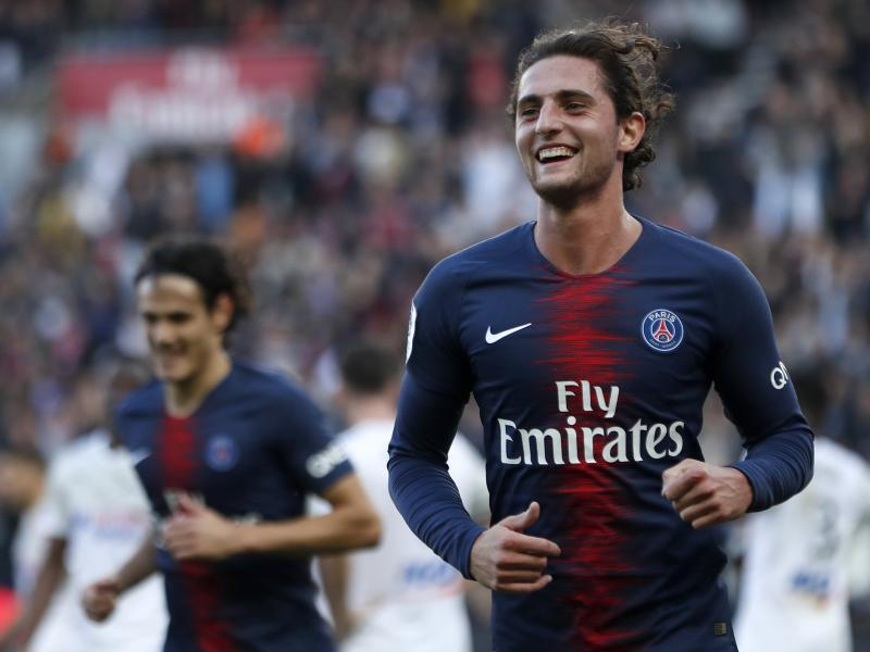 Rabiot in Turin to seal Juventus switch