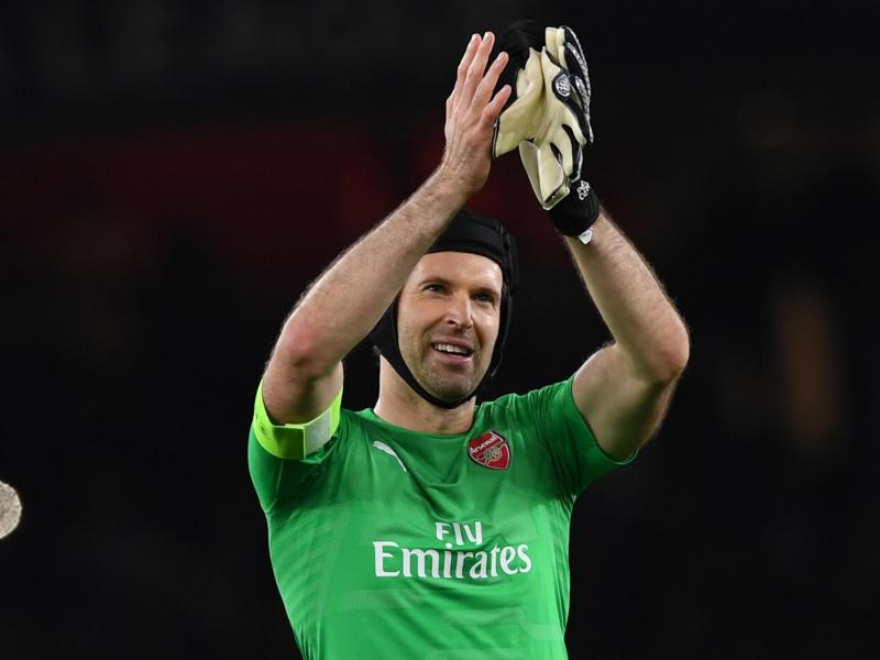 Europa League: Arsenal told to drop Petr Cech