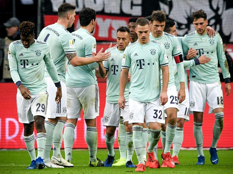 Bayerrn beaten, Dortmund held as seven point gap separates the two