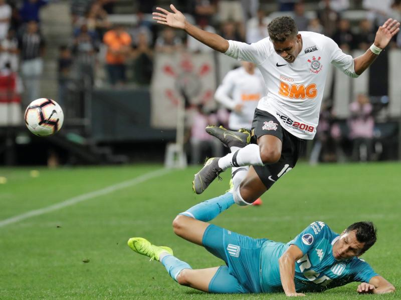 Barcelona linked with Corinthians' Brazilian star Pedrinho