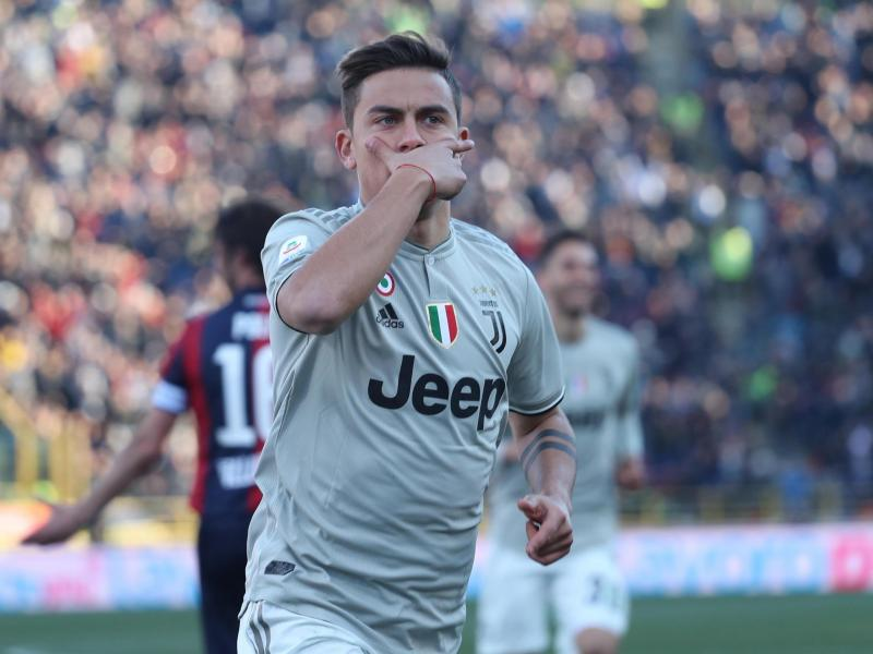 Manchester United handed boost in pursuit of Dybala