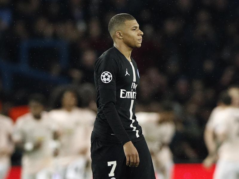 PSG duo Neymar and Mbappe 'fall out'