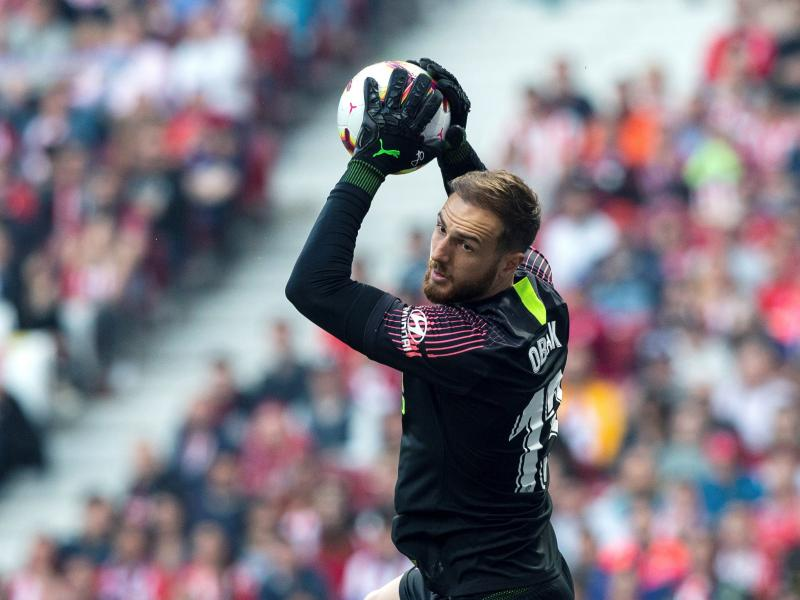 Chelsea urged to buy Jan Oblak from Atletico Madrid
