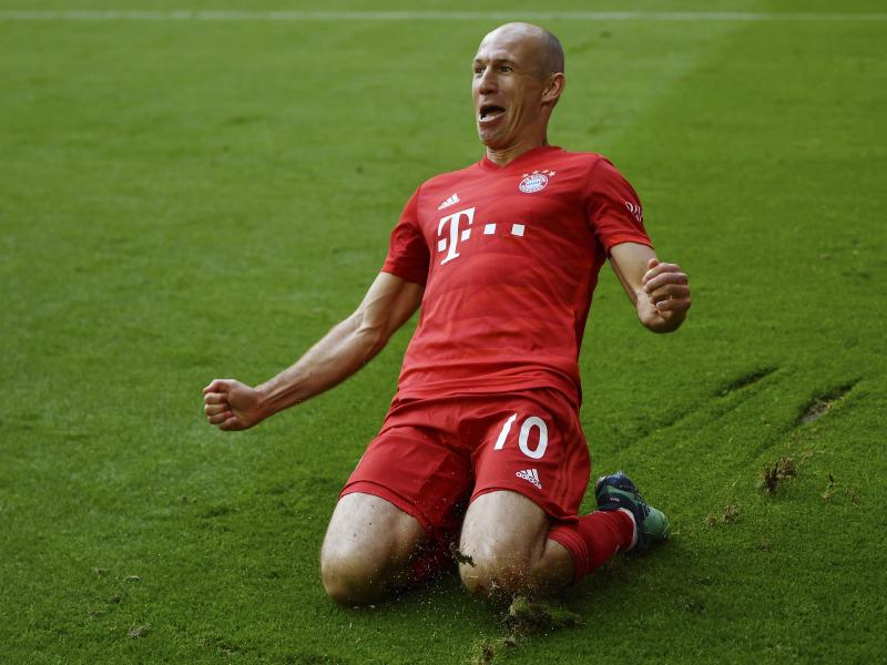Leicester City tipped as favourites to sign Arjen Robben