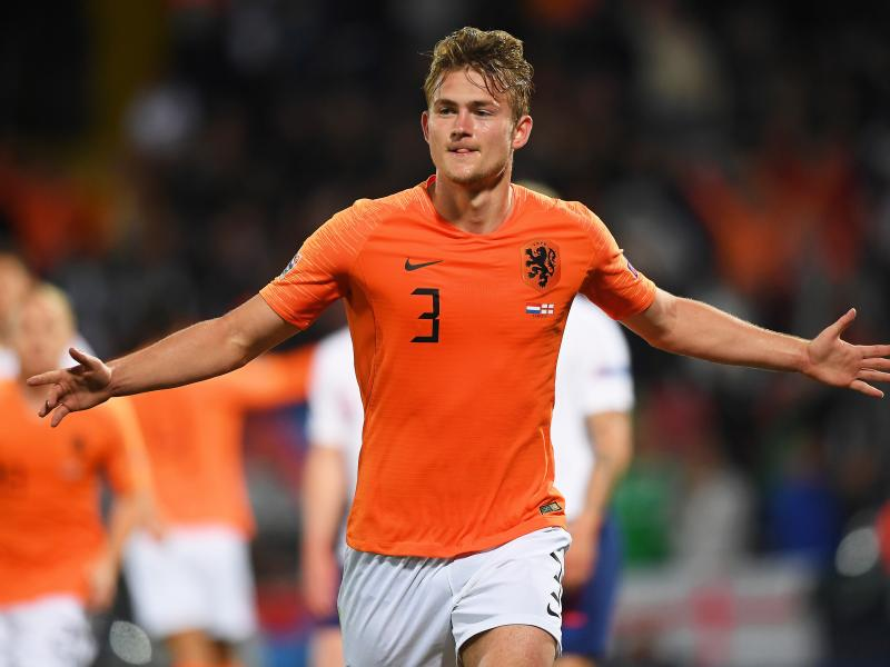 BREAKING: Matthijs de Ligt arrives in Italy to complete £67m transfer to Juventus