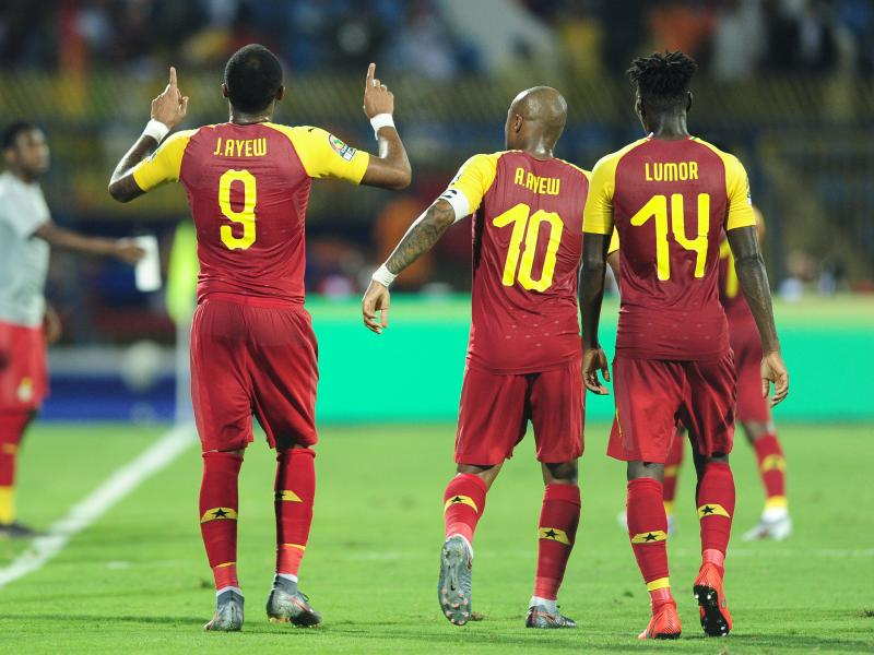 🇬🇭🙌🏿 Did you see the Ayew brothers' brilliant stay at home challenge video?