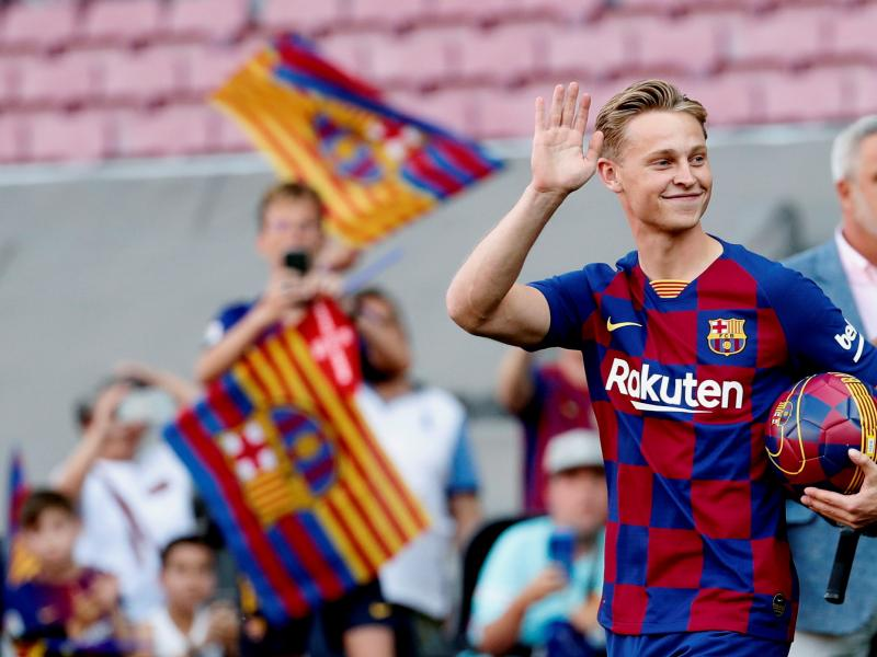 👑 🇳🇱 Player Profile: Barcelona's new midfield maestro Frenkie de Jong