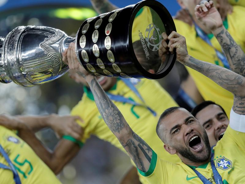 Dani Alves opens up on his future amid Arsenal transfer rumours