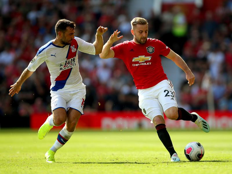 Luke Shaw out for up to a month with hamstring injury