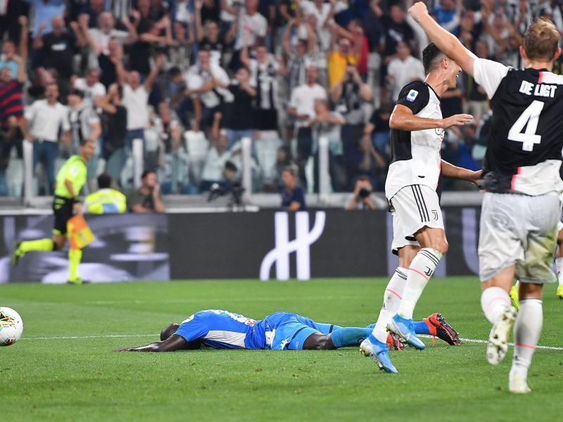 Goals galore as Koulibaly own goal gives Juve win over Napoli in 4-3 thriller