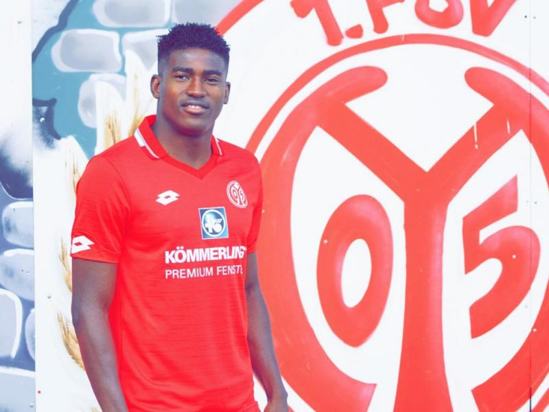 🇬🇧 🔴 Liverpool give Taiwo Awoniyi two years to obtain his work permit