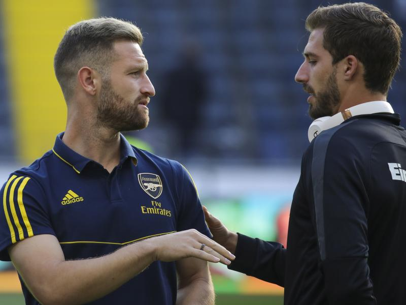 Mustafi open to leaving Arsenal in January