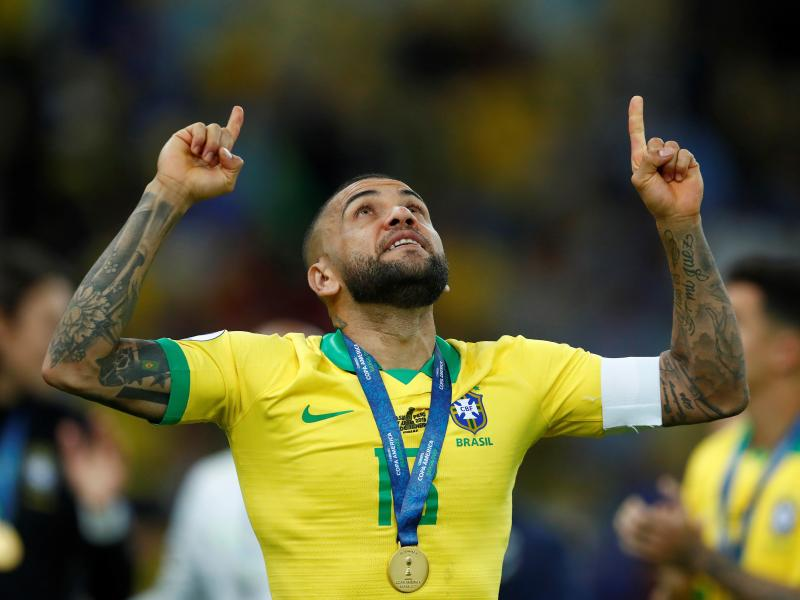 Stressful, racist City, Alves slams Paris
