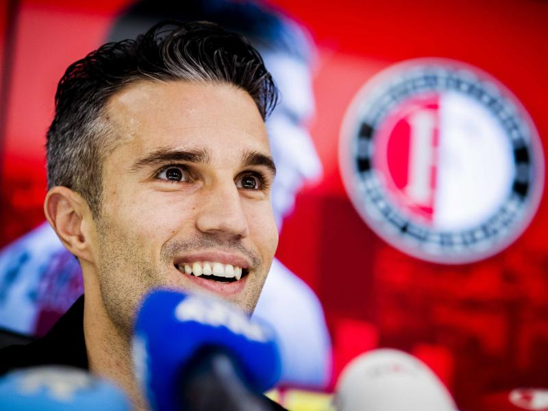 Robin van Persie's prediction for Man United and Arsenal Europa League clashes