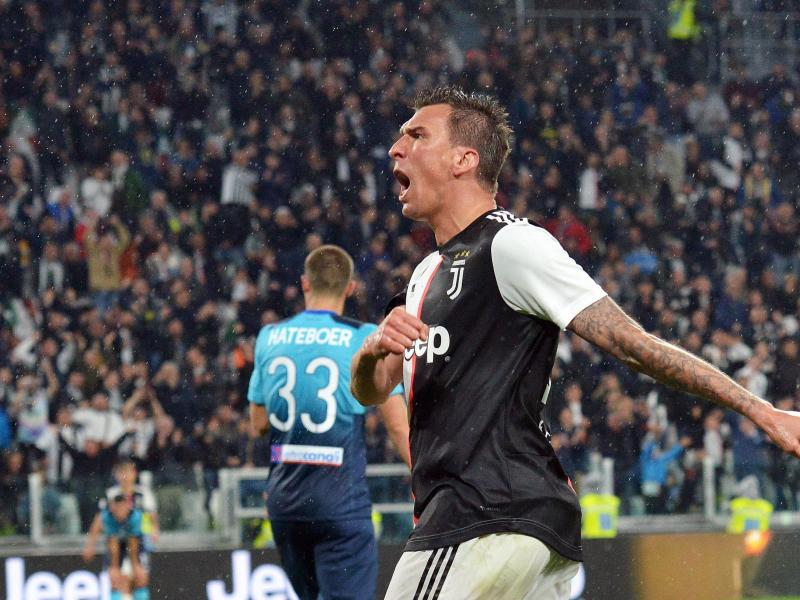 Manchester United reach verbal agreement with Mario Mandzukic