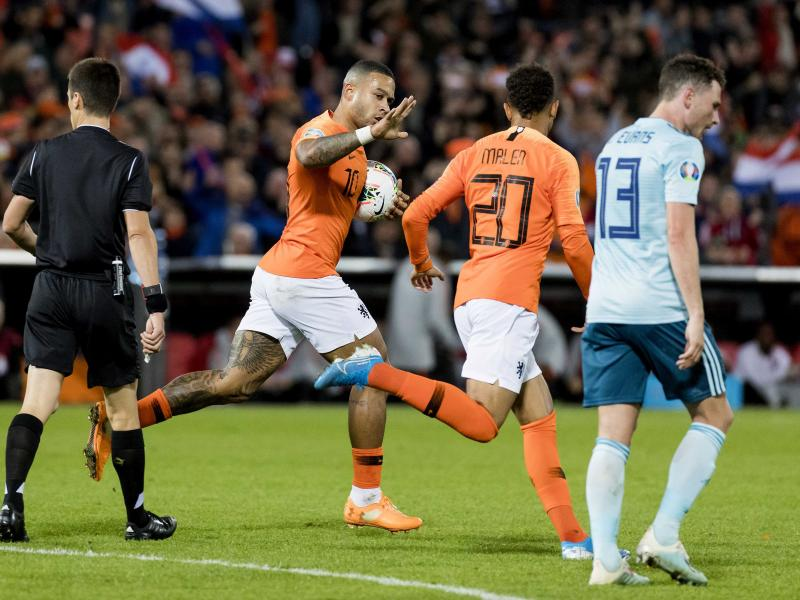 Netherlands 3-1 N. Ireland: Two stoppage-time goals lift Oranjes past stubborn North Ireland
