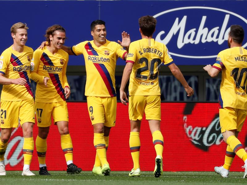 Eibar 0-3 Barcelona: Griezmann, Messi, Suarez score one each as Catalans go top
