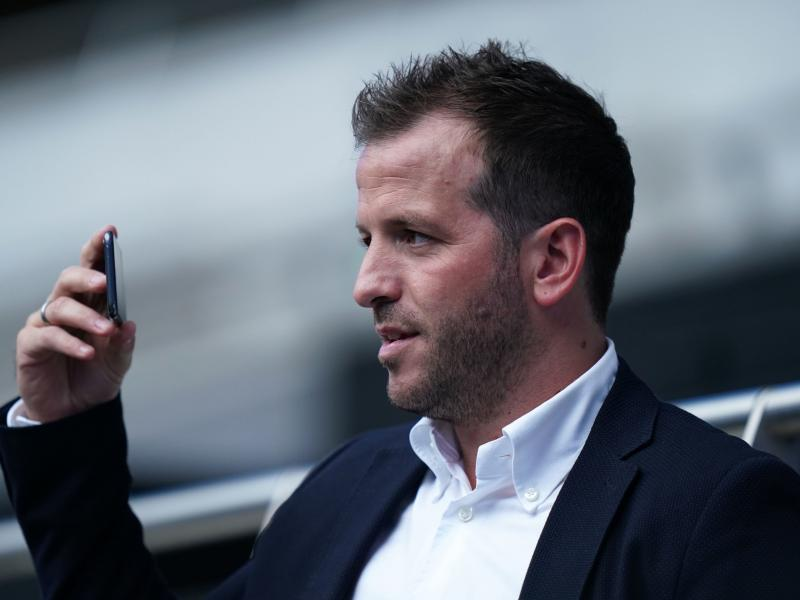 Rafael van der Vaart compares Manchester United defender to a Sunday league player