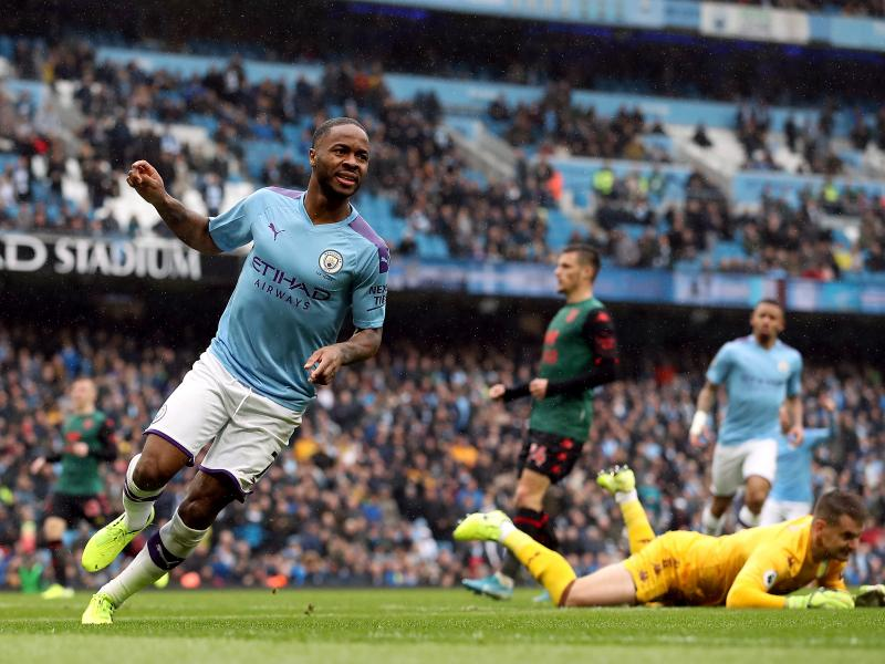 Raheem Sterling fully committed to Man City despite Real Madrid interest
