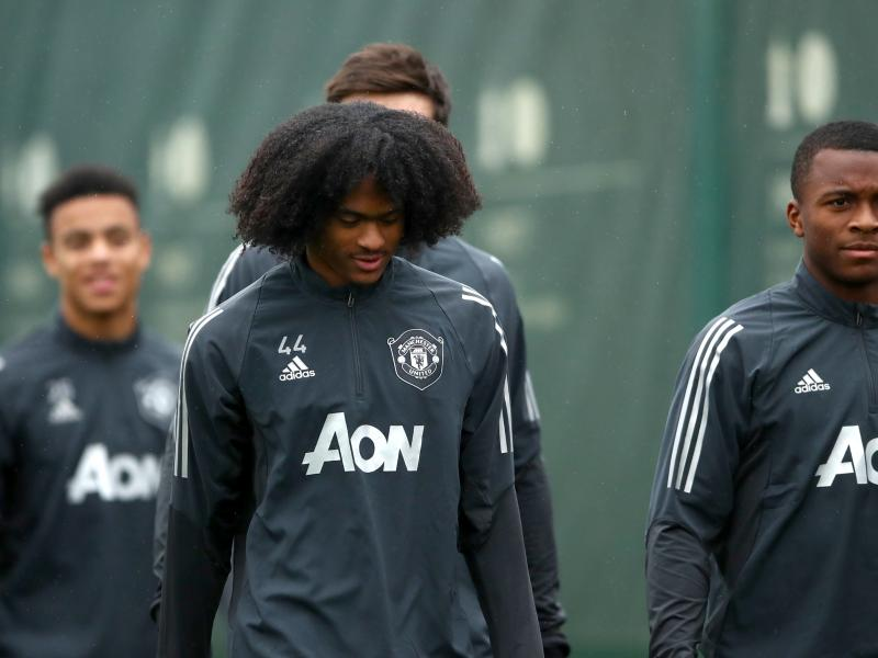 Manchester United winger Tahith Chong set for Werder Bremen move
