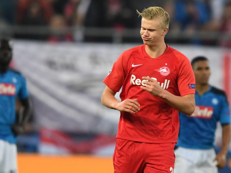 FC Salzburg striker Erling Haaland reacts to Manchester United transfer speculations
