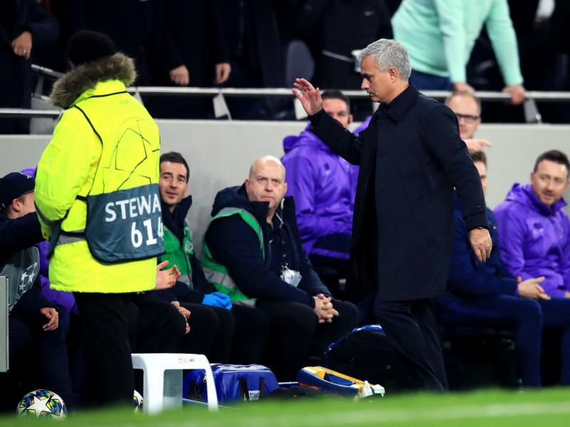 Tottenham ball boy reveling 'amazing moment he'll never forget' after Mourinho hug