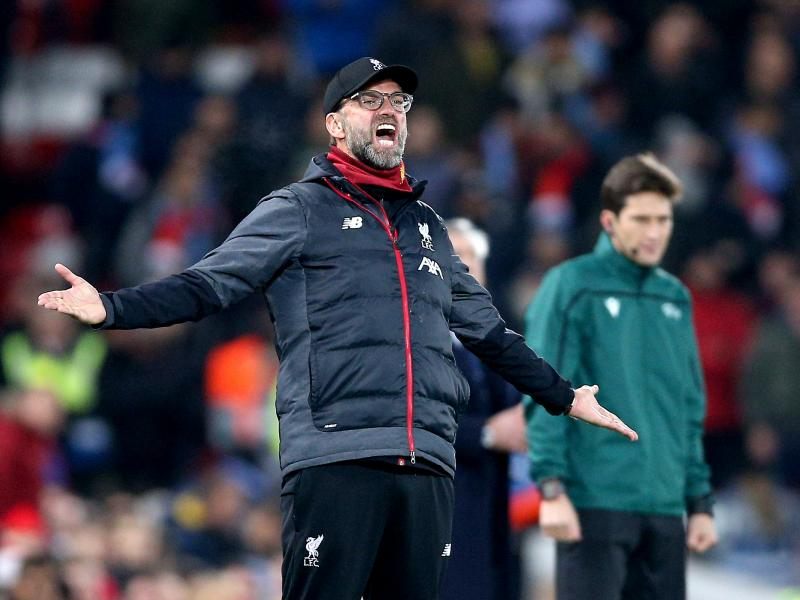 Jurgen Klopp reveals what he told referee before receiving a yellow card in draw with Napoli