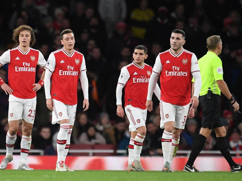 Arsenal 1-2 Brighton: Seagulls shock spineless Gunners in historic win
