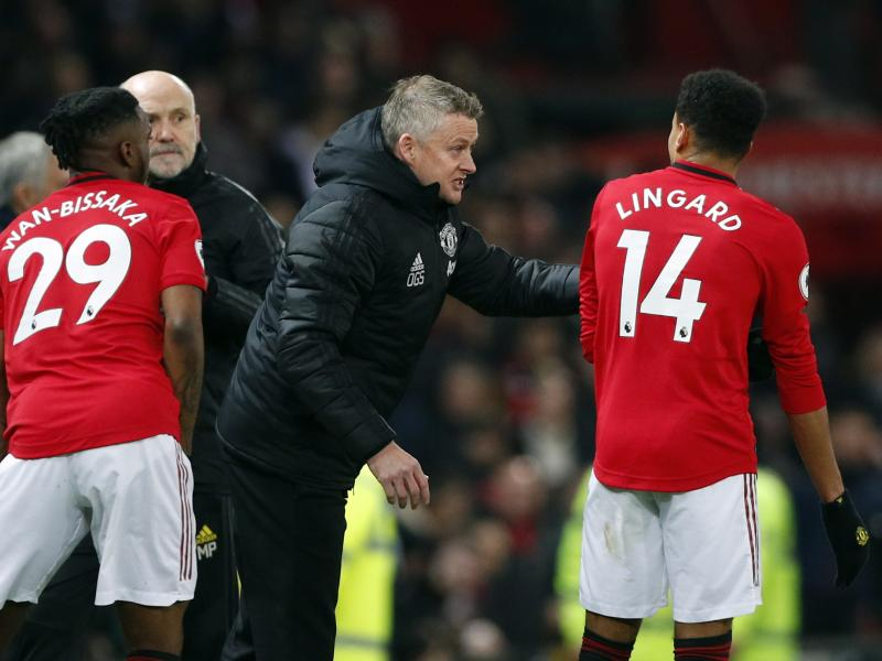 Coronavirus: Solskjaer speaks on how he's managing the squad during the PL suspension