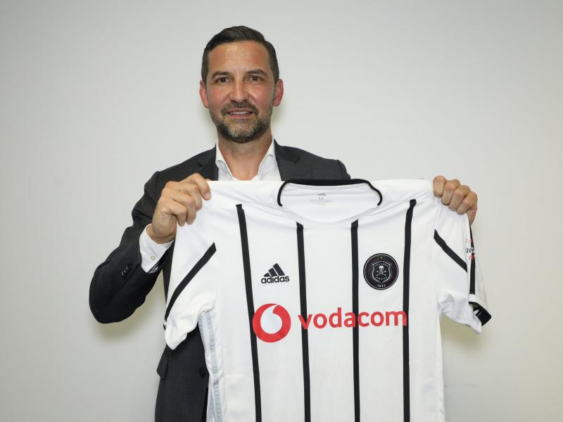 🇩🇪☠️ WATCH: New Pirates coach introduces himself