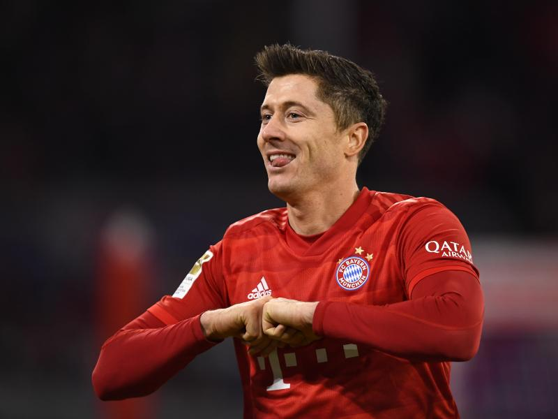 🔥 Lewandowski scores his 30th goal of the season