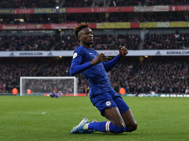 Chelsea in talks with Tammy Abraham over a new deal