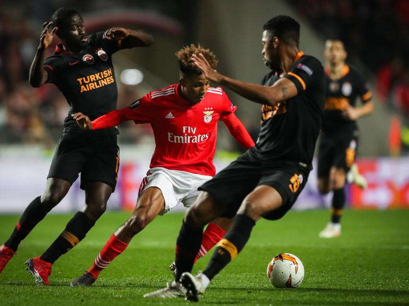 West Ham reach agreement ahead of Chelsea to sign Gedson Fernandes on loan