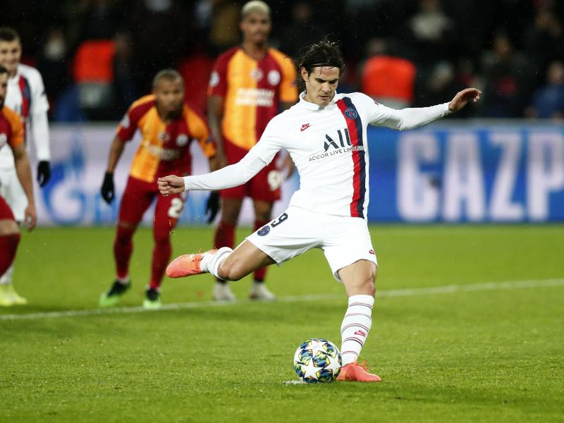 Chelsea, Atletico battling for Edinson Cavani as PSG wait for improved bids