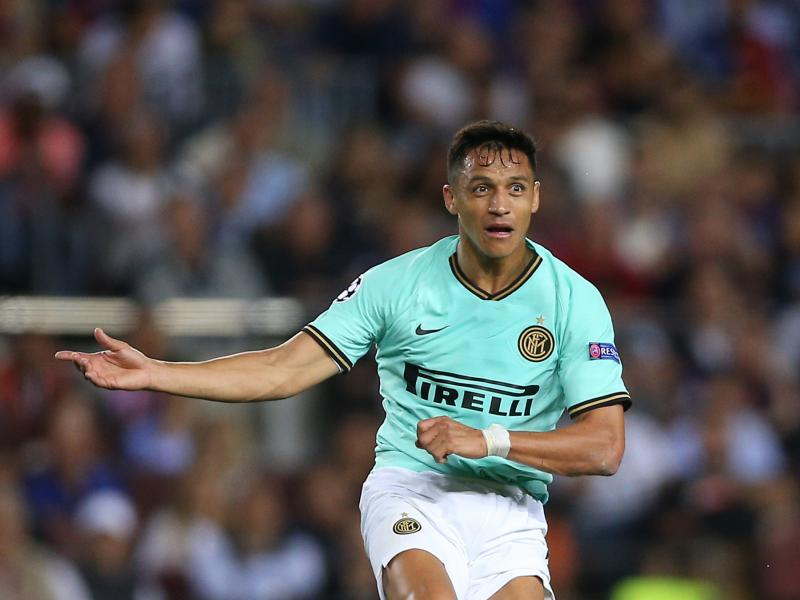 Inter Milan manager Antonio Conte rants about Alexis Sanchez's fitness
