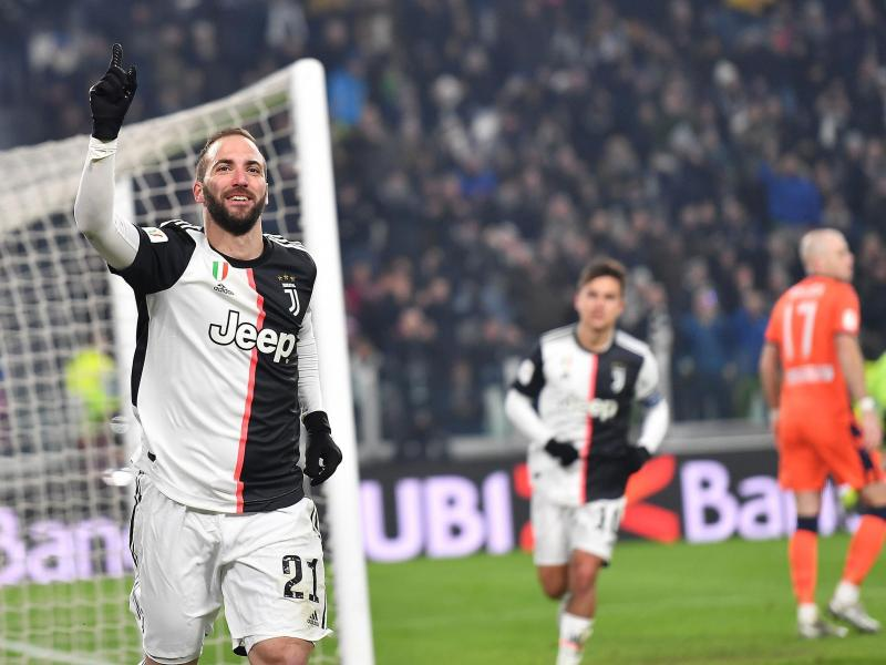 📺 WATCH: Gonzalo Higuain scores after stunning interplay with Paulo Dybala