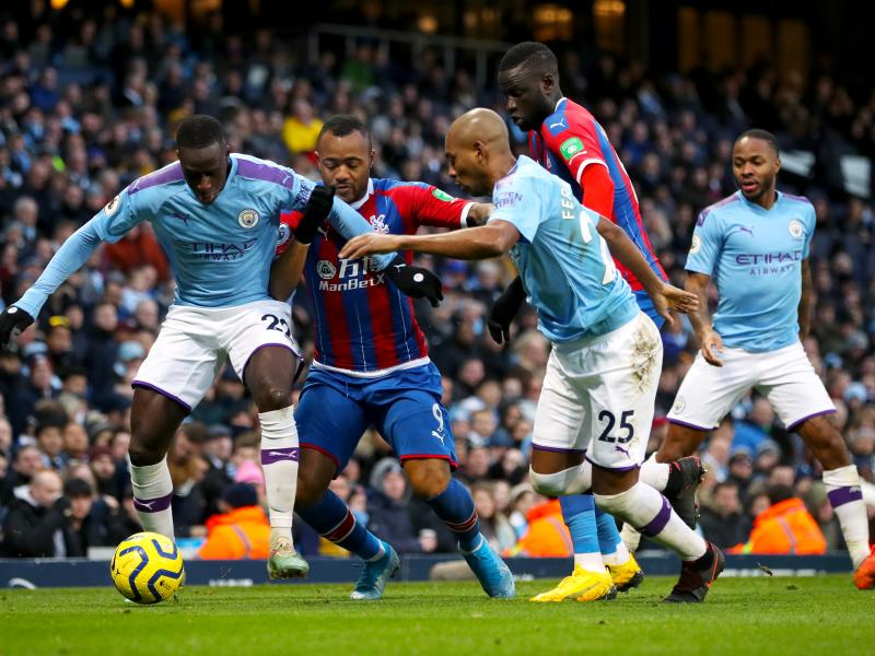 Man City 2-2 Crystal Palace: Fernandinho own goal denies City a needed win